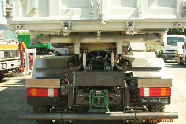 deposable-pieds-hydroliques-47E74C49D-11EF-99BD-5C27-D469AD7D1FF3.jpg